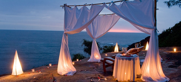 Dinner for two with a view. Honeymoon in Africa