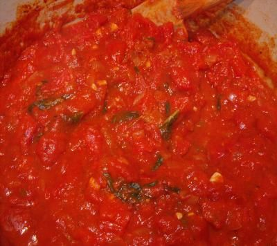 Lidia's Italy: Recipes: Marinara Sauce. I use three pounds beefsteak type tomatoes and throw them into oil and garlic with their skins and all. I then remove the skins as the tomatoes cook. This is seriously YUMMY!!! Make with fresh from the garden tomatoes and you will not be sorry! My husband liked this sauce served over Fresh Gourmet Roasted Garlic Focaccia Croutons (found at Costco).