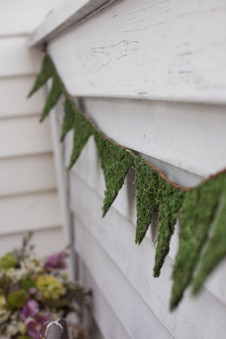 Rustic country bunting! Tired of the usual spots, stripes and floral, use sheet moss!  For more ideas and inspiration at great prices, check out our website. http://www.artificiallandscapes.co.uk/