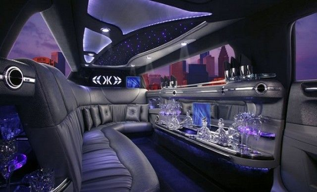 5 Things You'd Never Expect to Find in a Limo - http://www.limosnorthwest.uk/5-things-youd-never-expect-to-find-in-a-limo/