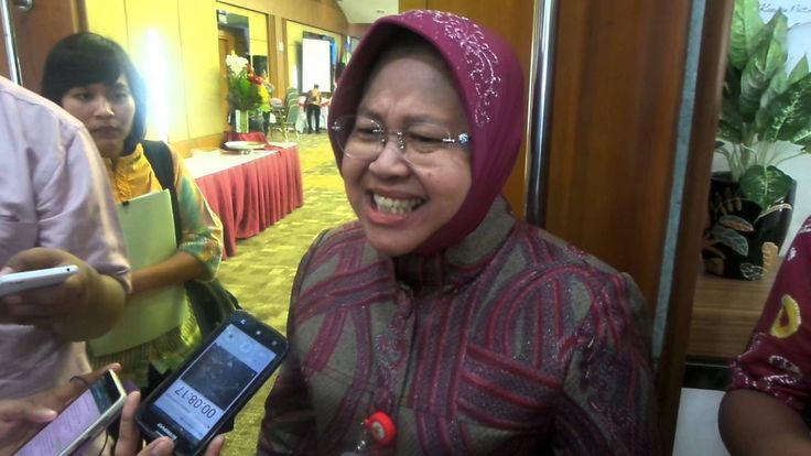 Risma Marah ke Ahok: Jangan Injak Harga Diri Warga Surabaya!