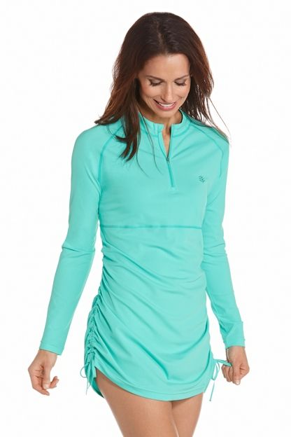 """Ruche Swim Shirt UPF 50+ - <div class=""""tabContent"""" id=""""tab1"""" style=""""display: block;""""> <div class=""""text""""> <p class=""""inline""""> Two looks in one: cinch up the sides for wad"""