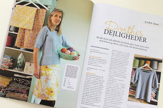 Me wearing my own knitting design. Pattern included in the magazine Maries Ideer april 2014 www.garn-iture.dk
