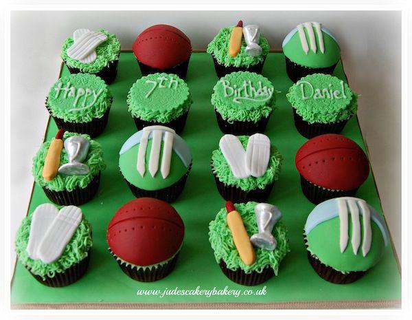 cricket-theme-birthday-cakes-cupcakes-5