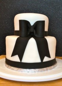 Black and White wedding cake with fondant bow