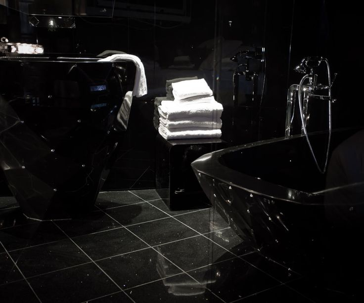 Seven Hotel, Paris (Maranatha Hotels) - The Black Diamond Suite