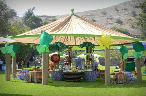 Safari baby shower tent party party theme ideas for Baby shower canopy decoration