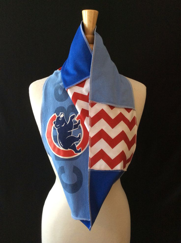 Chicago+Cubs+Infinity+Scarf+by+poshCreationsCincy+on+Etsy,+$32.00