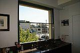 Spécialiste des fenêtres et portes minimales, panoramiques, encastrées (grandes dimensions jusqu'à 6x3m, angle ouvrant, galandage, motorisation, etc) en France