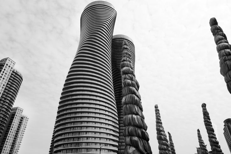 Absolute Towers With Wrapped Oaks, Mississauga, Ontario