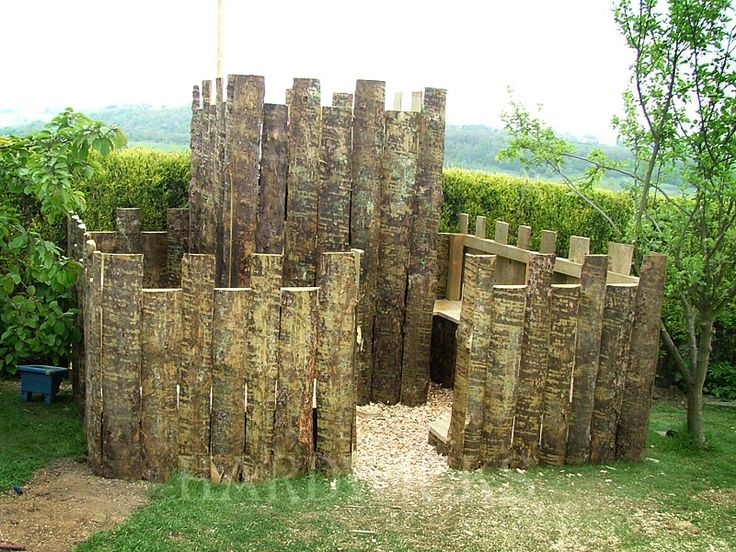 fort fence out of split logs ideas for the kiddos