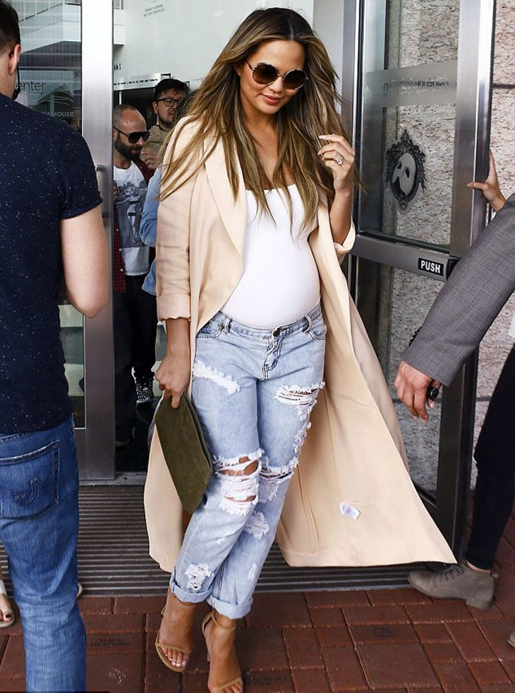 Celebrity pregnancy style, the best and unique ever
