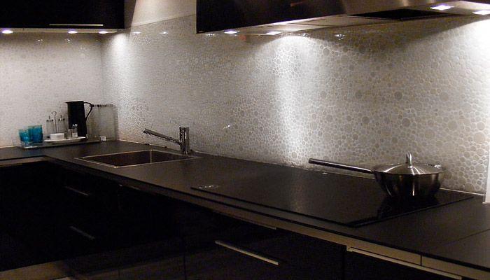 Moderne Ikea Keuken Zwart : Zwarte keuken met stenen spatwand Home Pinterest