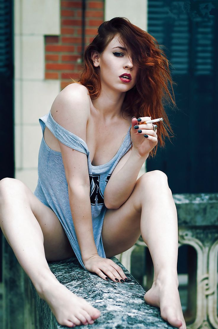 Hot chicks smoking cigarettes