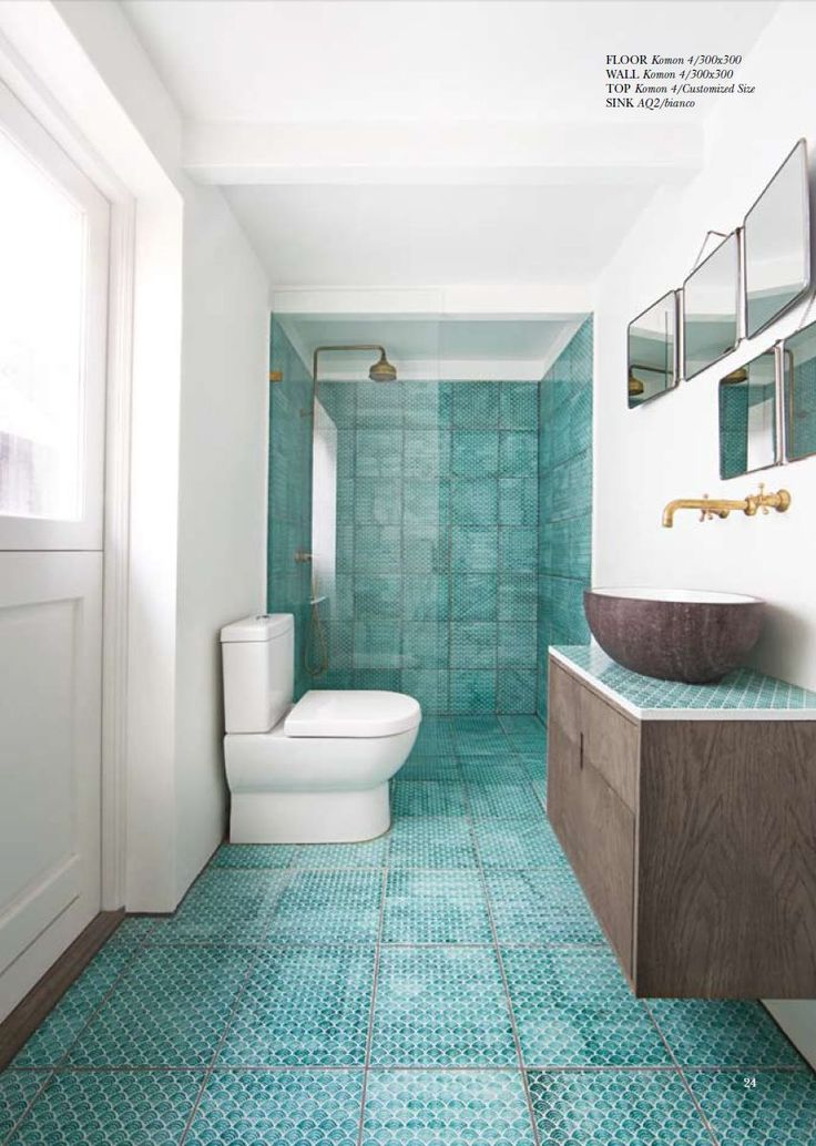 Turquoise Bathroom White and Wood Baño azulejos turquesa + blanco + madera