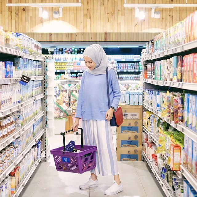 grocery time with @steddystore serenity pocky sweater