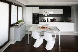 Znalezione obrazy dla zapytania minimalistyczny aneks kuchenny