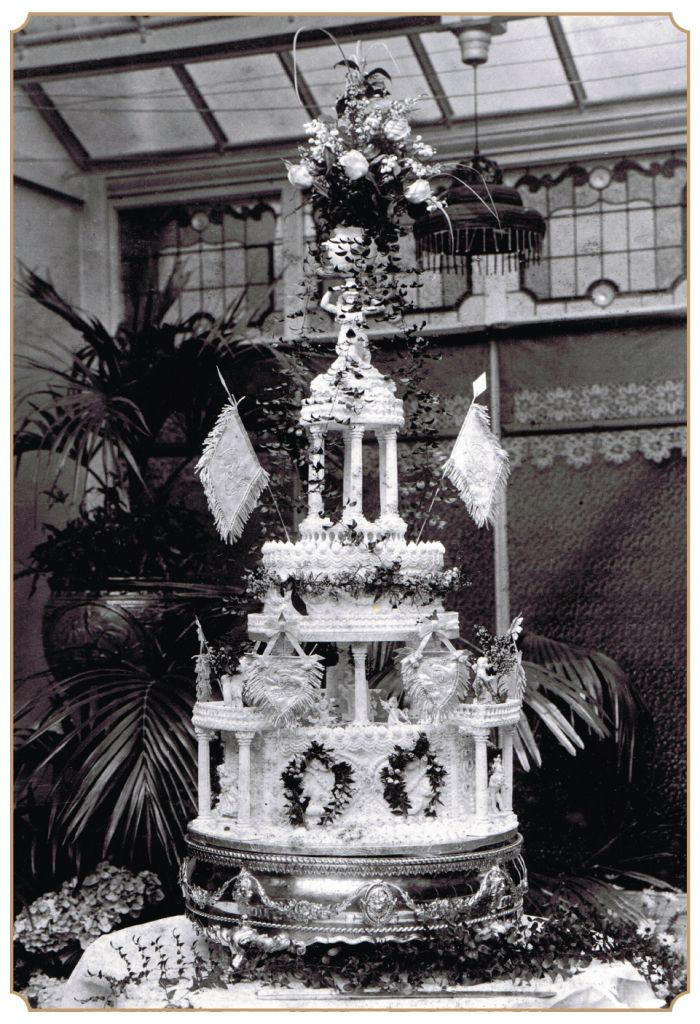 the history of the wedding cake 17 best images about wedding cakes in history on 20851
