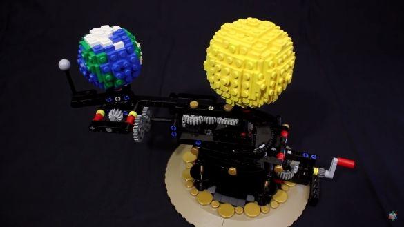 #planétaire mécanique en #LEGO
