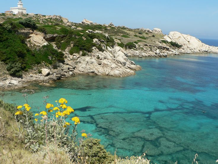 Schitterende kleine baai in Capo Testa (noord Sardinie)