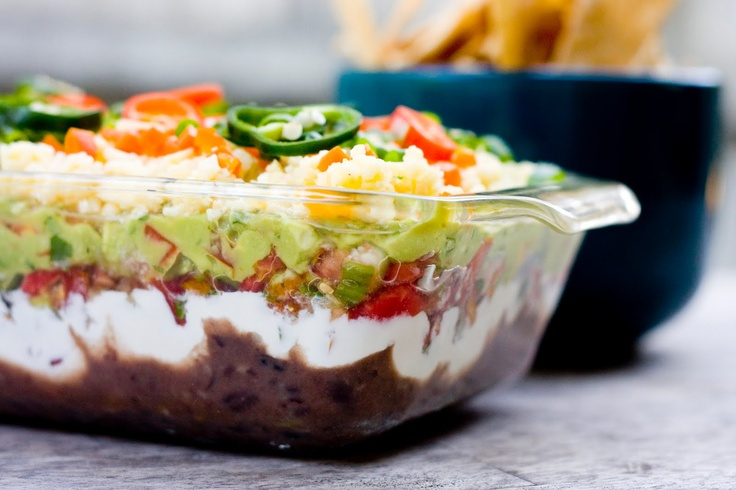 Delicious Mexican Layered Dip: Plates, Recipe, Faces, Mexican Dip, Mexican Layered Dips, Layer Dip, No Face, Discovered Homemade