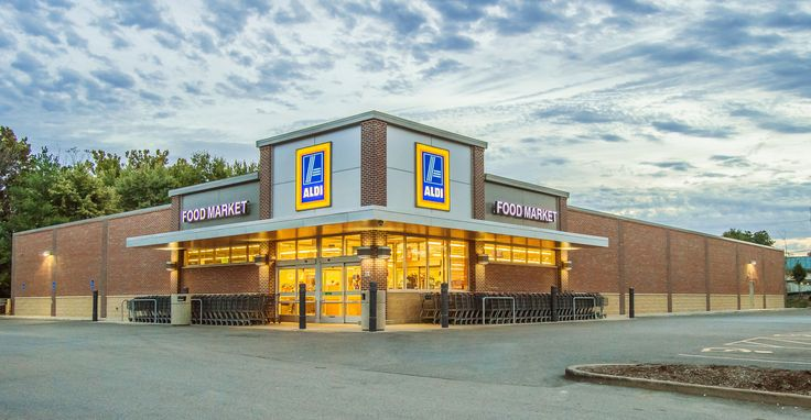 Oculus Inc. designed the addition and renovation of this Aldi Grocery Store