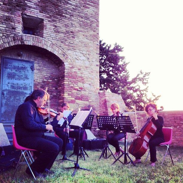 concerto all'alba a Bertinoro  www.weekendagogo.it #weekendagogo #bertinoro #romagna #concerto #musicaclassica