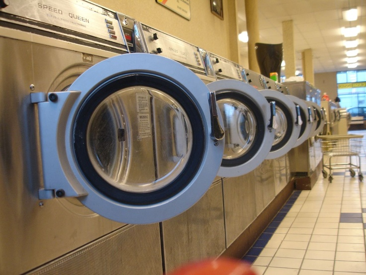 73 best laundromat love images on pinterest laundry room mat solutioingenieria Choice Image