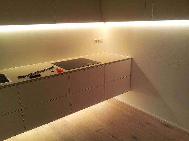 Rgbw led strips keuken http for Led verlichting interieur