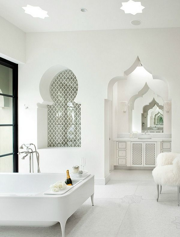 Luxurious bathroom with Moroccan architectural elements without bright colors and patterns || @pattonmelo