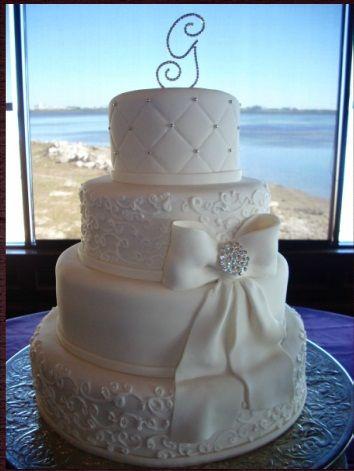 Pasteles de bodas Cakes by Nomeda, so simple yet so beautiful