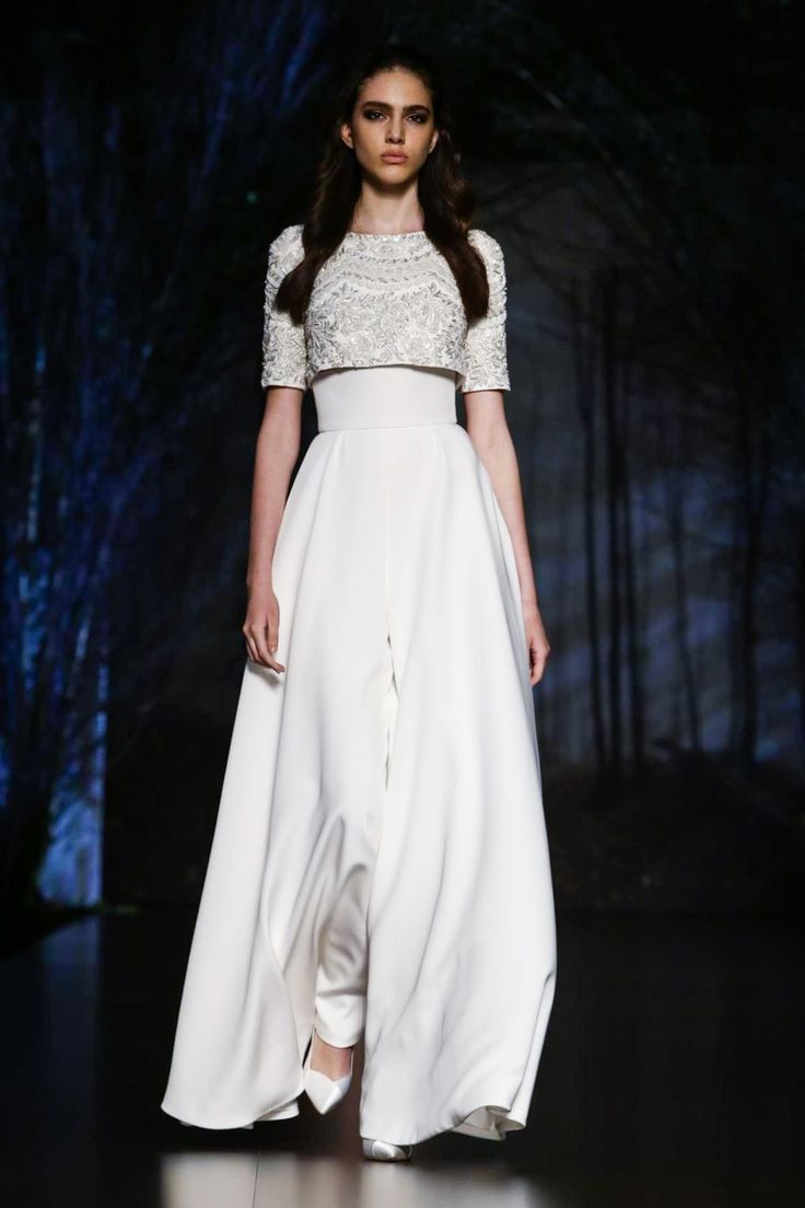 Ralph & Russo Couture Fall Winter 2015 Paris - NOWFASHION
