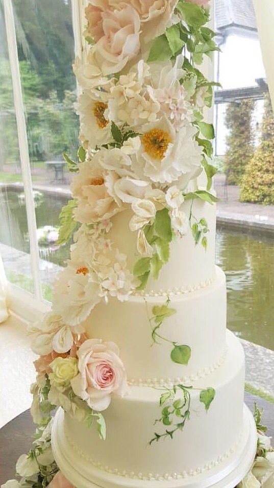 307 best wonderfull cake 9 images on Pinterest | Amazing cakes ...