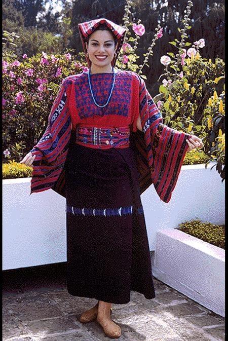 ahora latín trajes en San Cristóbal de La Laguna