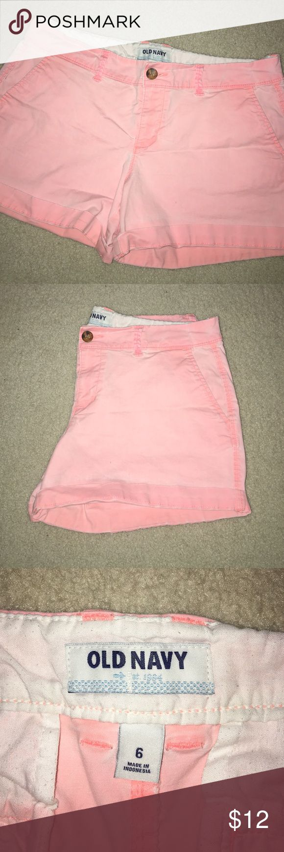 Old Navy Women's Peach Shorts These shorts are slightly used, however, still great! No stains! The color is supposed to look faded FYI! Old Navy Shorts Bermudas