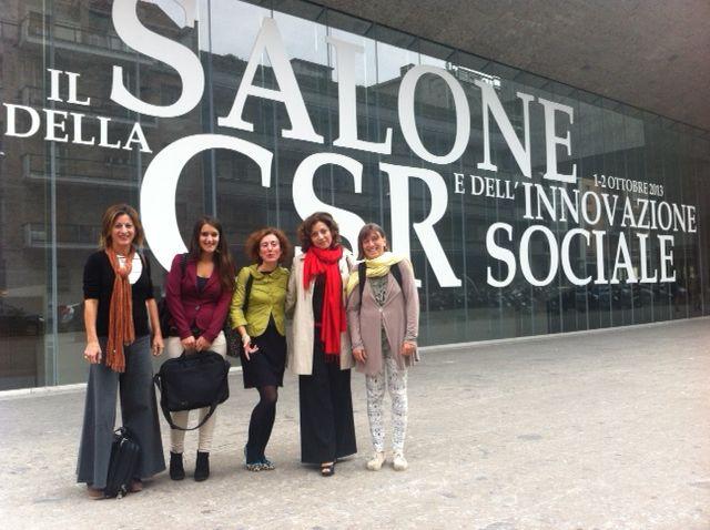 Il team di #Retedeldono al Salone della CSR e dell'innovazione sociale. Da sinistra: Francesca Gervasoni, Simona Brambilla, Valeria Vitali, Caterina Mansueto e Anna Siccardi. #CSRIS13 #crowdfundingCSR