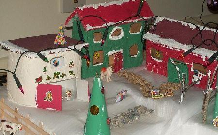 Villa navideña de reciclaje, enviada por Gisella