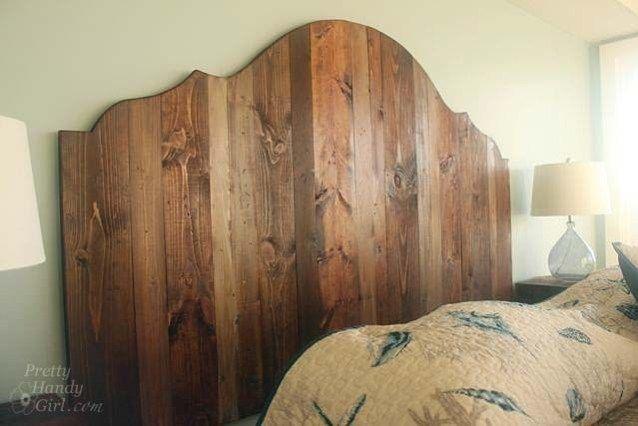 Wie erstelle ich ein rustikales Kopfteil aus Holz?