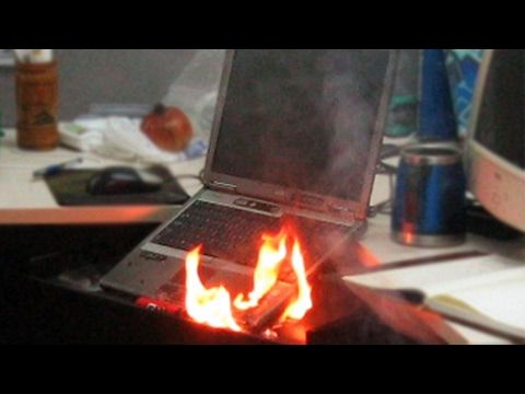 Dell Laptop Explodes And Bursts Into Flames - http://wp.me/p7cSC0-19y