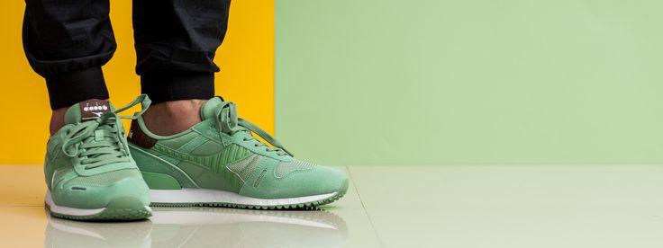Inspirati de sneakers-ii pentru alergat ai anilor '80, Diadora Titan II este conceput sa ofere confort fara a sacrifica stilul.