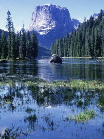 Square Top Mt, Wind Rivers, Green River Lakes, WY ~  this is quite possibly the most beautiful lake I have ever seen!
