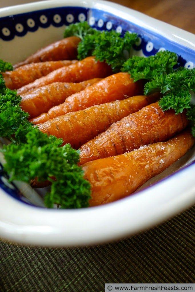 Rustic Roasted Carrots | Farm Fresh Feasts  #favadoapp