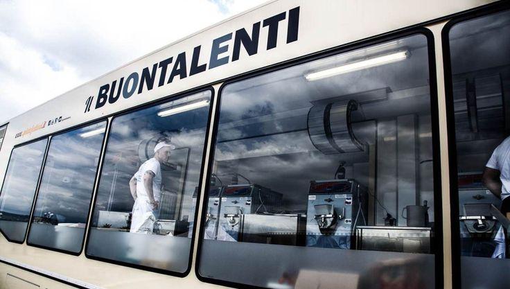 Il Buontalenti è il laboratorio viaggiante del Gelato Festival che ogni hanno porta in tutta Italia ed Europa la creatività italiana del gelato artigianale.