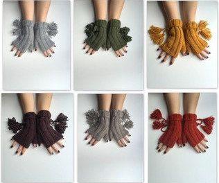CHRISTMAS GIFT!  Xmas Gift, Gift for her,Christmas gloves, tassel gloves, leggings, knit, handmade gloves, Express shipping, by beyazdukkan on Etsy https://www.etsy.com/listing/255633210/christmas-gift-xmas-gift-gift-for