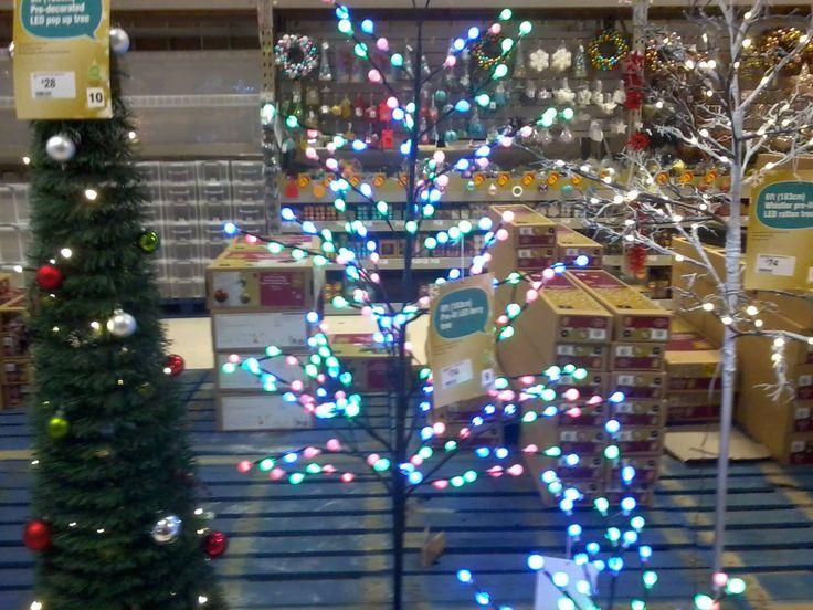 79 best pretty christmas lights images on pinterest. Black Bedroom Furniture Sets. Home Design Ideas