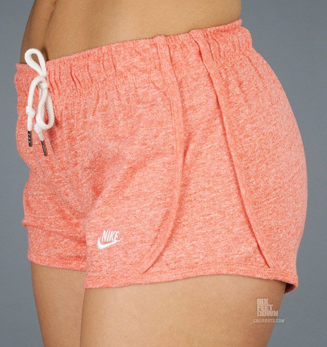 Nike Time Out tempo short