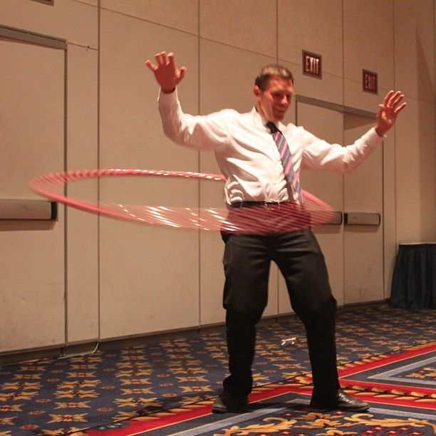 16 Stages A Person Goes Through While Learning How To Hula ...
