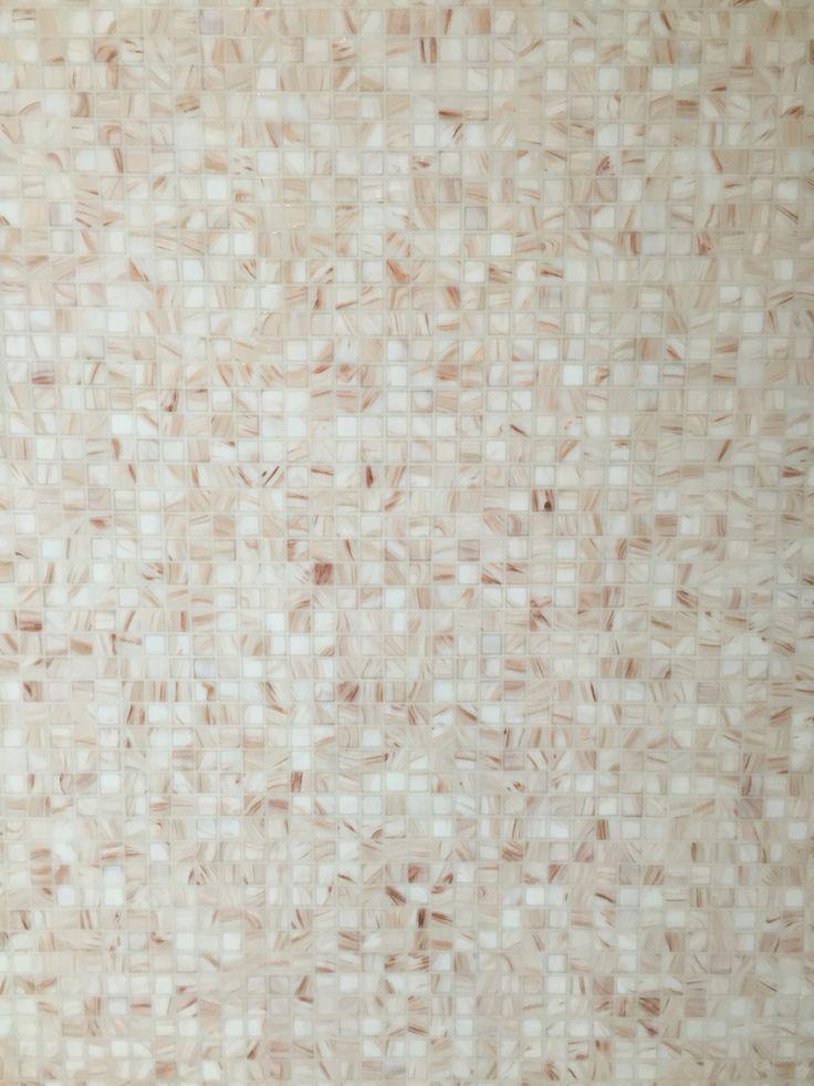 Mosaico vetroso fugato con stucco Cerpoxy f40 traslucido