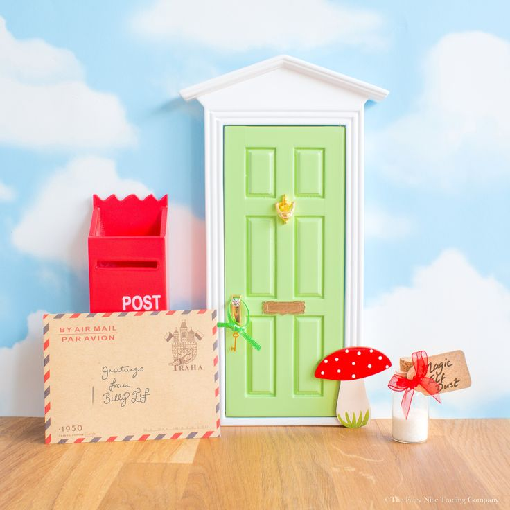 Gorgeous large green Magic Elf Door with Toadstool hand painted by the Elves! Includes a personalised letter from the Elf and Magic Elf Key. Gift boxed.