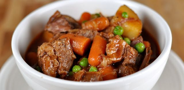 Today's recipe: Meat stew with carrots and potatoes